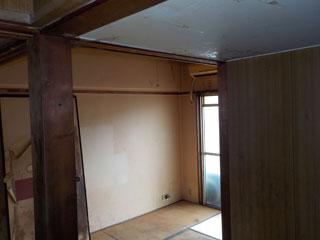 部屋2入口のアフター