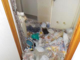 洗面廊下のビフォア