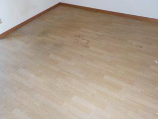 床のビフォア