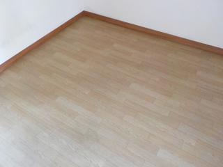 床(窓前)のアフター