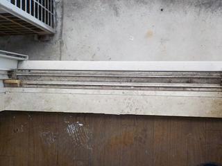 窓枠のビフォア