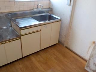 キッチンのアフター(清掃後)