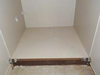 1部屋目のクローゼットのアフター(清掃後)