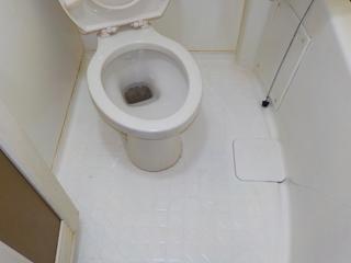 3部屋目のユニットバスのアフター(清掃後)